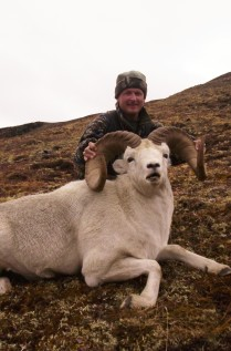 Clint Ward with huge Dall Ram